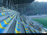 Dodatkowe krzesełka na stadionie rugby
